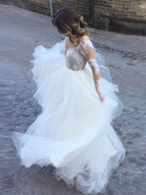 Ball Gown Wedding Dresses Long Sleeves Floor-length Appliques Ivory Tulle Bridal Gown JKW172