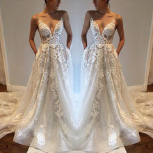 Beautiful Wedding Dresses A-line Spaghetti Straps Brush Train Appliques Ivory Tulle Bridal Gown JKW177