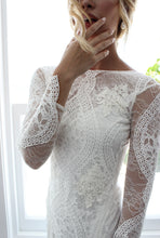 Open Back Wedding Dresses Beautiful Lace Backless Long Sleeve Bridal Gown JKW338|Annapromdress