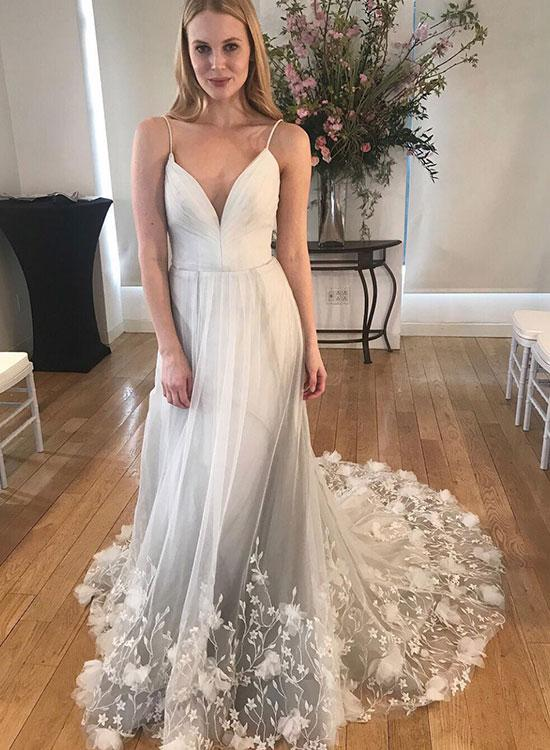 Sexy Deep V Neck Spaghetti Straps Ivory Long Prom Dresses Appliques Bottom Backless Prom Dress YST2906|annapromdress