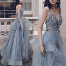 A-line V-neck Tulle Appliques Long Prom Dress Formal Evening Gowns JKQ132
