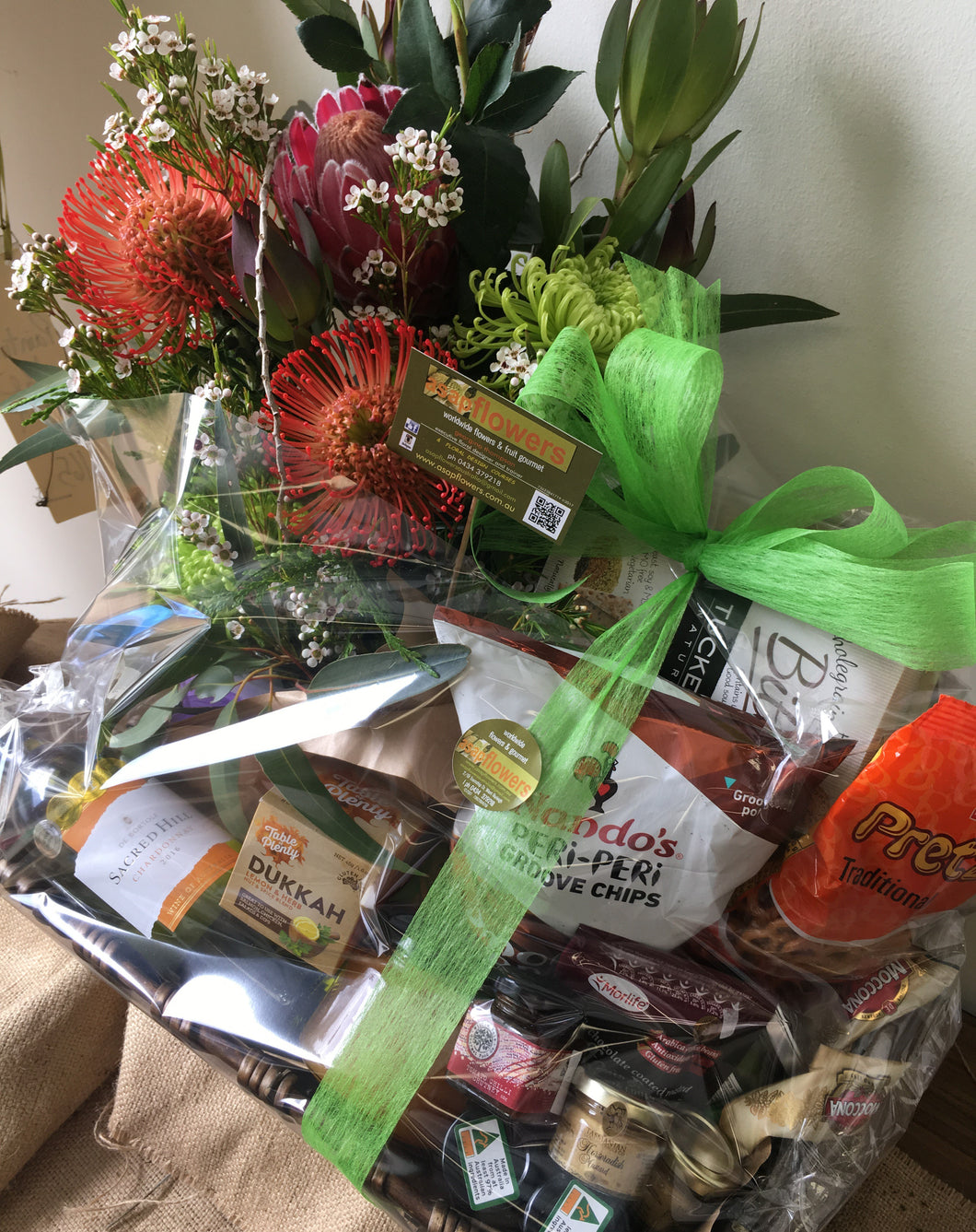 flowers & gourmet hampers gold coast