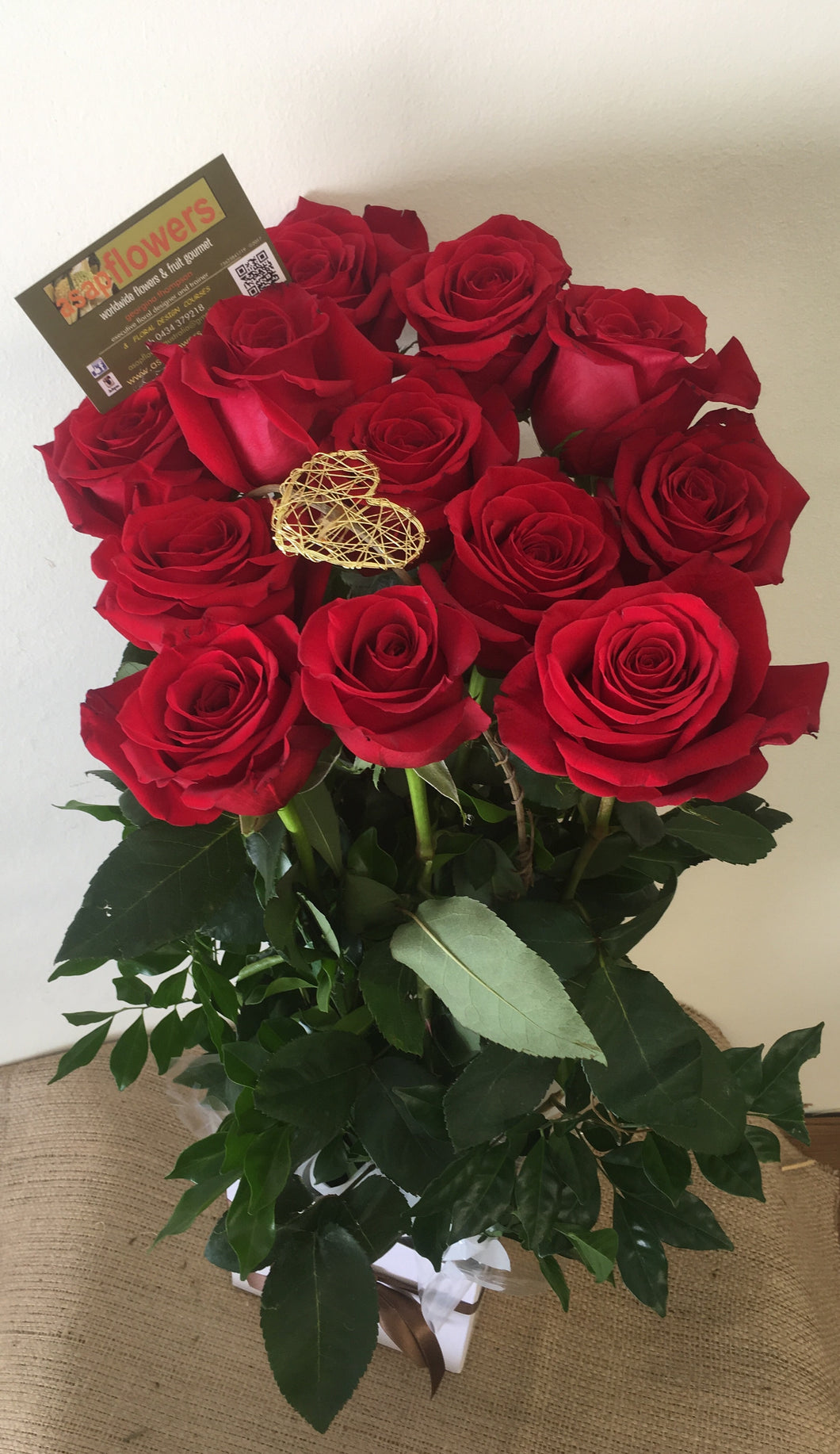 FLIRT12 - Boxed design 12 Roses  (colour options)