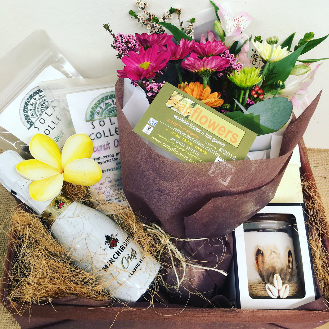 Sunrise Hamper -combo flowers, champagne, pamper gifts INTRO OFFER