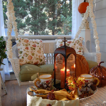 Cozy Autumn Patio Decorating Ideas