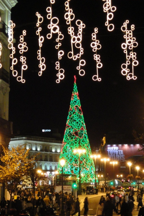 LANGRIA Christmas lights - Christmas tree madrid