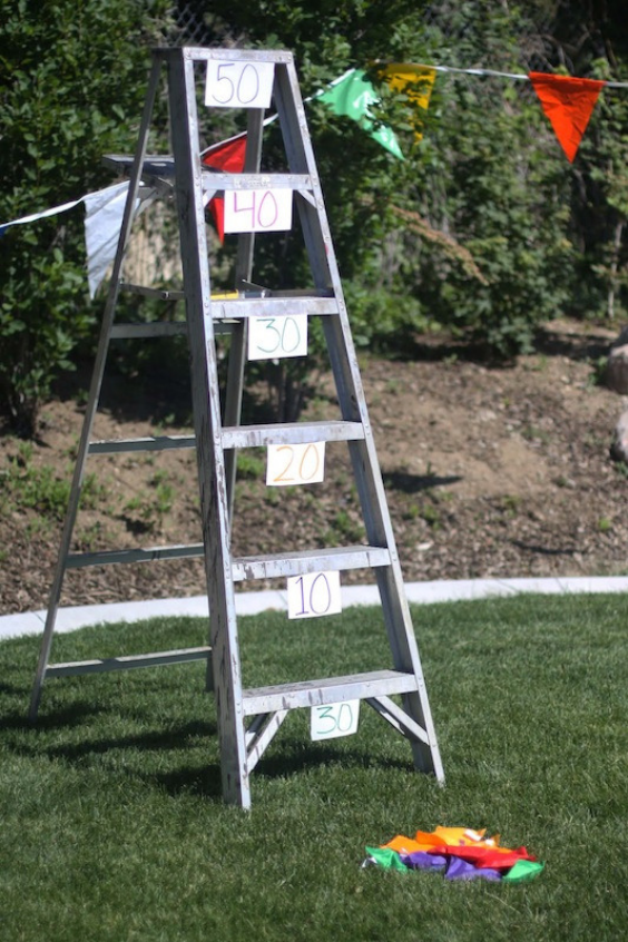 LANGRIA Fun DIY Backyard Games for Kids bean bag ladder
