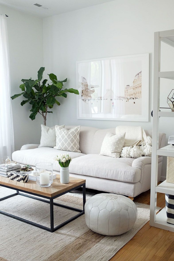 LANGRIA How to make a small room look bigger - all white walls