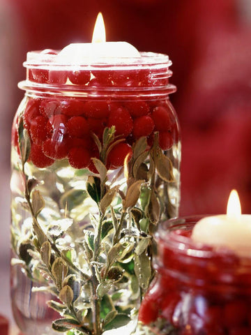 DIY Cranberry Christmas Candles