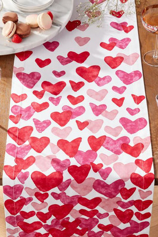 DIY Valentine's day Table Cloth