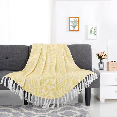 LANGRIA Throw Blanket with Tassels