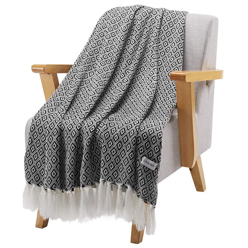 LANGRIA Throw Blanket with Tassels Geometrical Pattern
