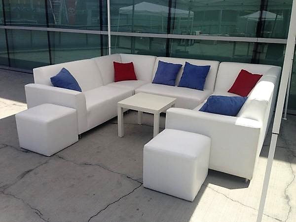 Los Angeles Clippers VIP U Sectional Furniture Rental Package | Seats 10