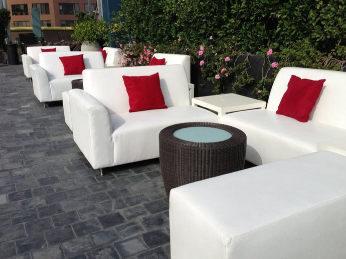 Wilshire 1010 Rooftop Pool Party Pool Side Furniture Rental Package | Seats 18