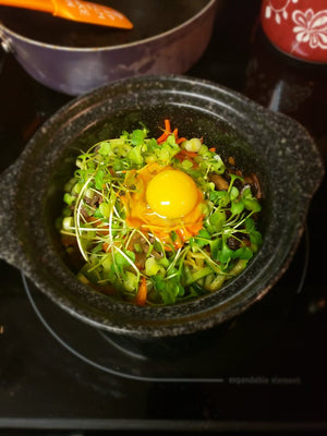 Kirsten Smith__Dolsot Bibimbap_HamamaRecipes_10.21.19