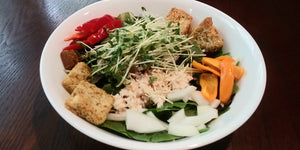 Vicki Lu‎_Micro Fenugreek Chicken Salad_HamamaRecipes_9.11.19
