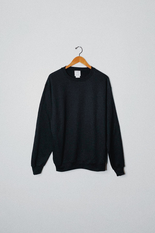 (L) Champion Essential Black Sweater