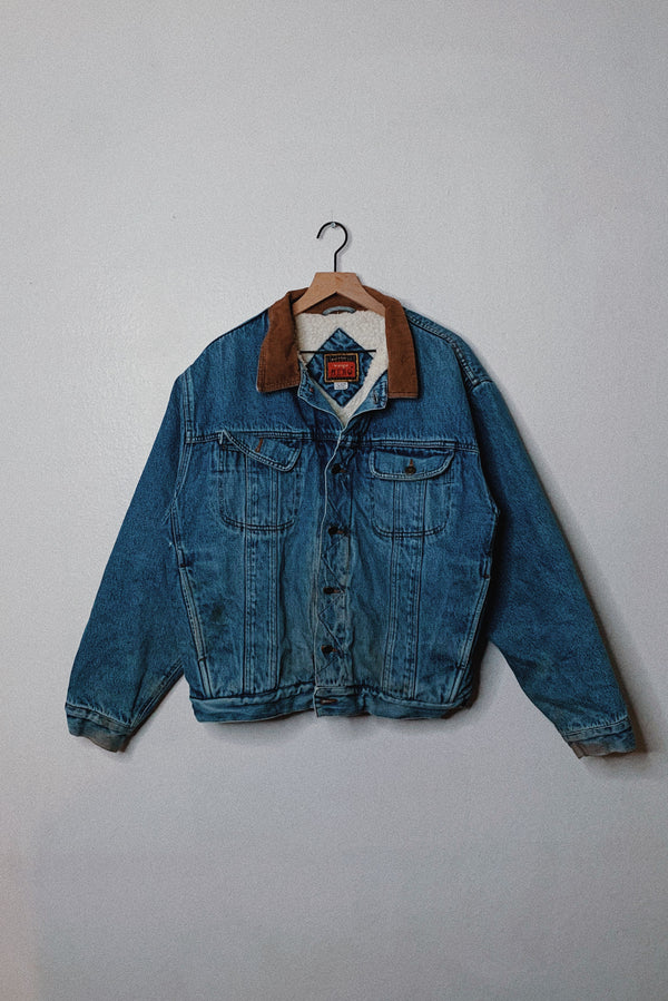(XL) Vintage Wrangler Sherpa Lined Corduroy Collared Denim Jacket
