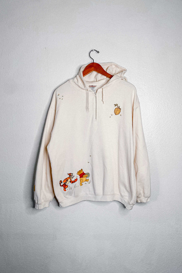 (M) Vintage Pooh, Tigger and Rabbit Chasing Bees Embroidered Quarter Zip Jacket Hoodie