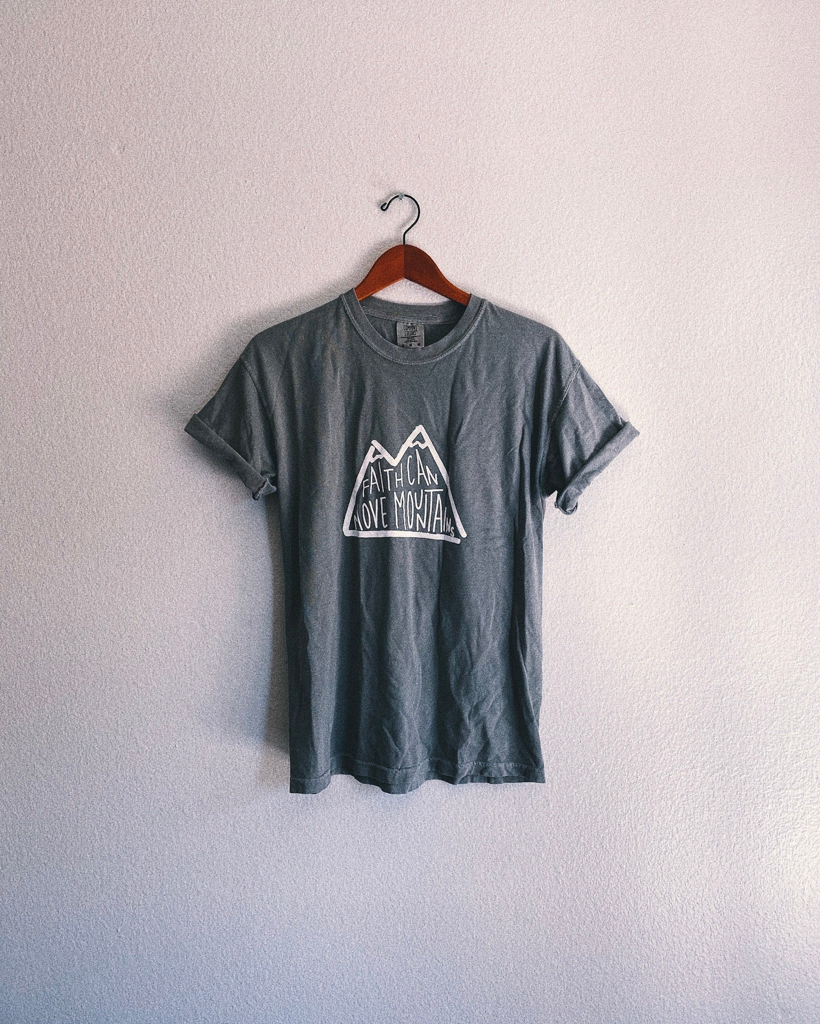 Faith Moves Mountains Unisex T-Shirt - Storm Gray