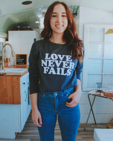 Love Never Fails Long-Sleeve Dark Gray Unisex Shirt