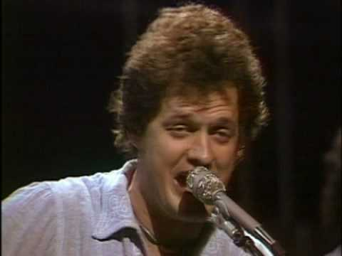 https://www.youtube.com/watch?v=etundhQa724::Harry Chapin - Cats in the Cradle