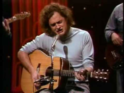 https://www.youtube.com/watch?v=Oxr7IPFWR_8::Harry Chapin - Song For Myself