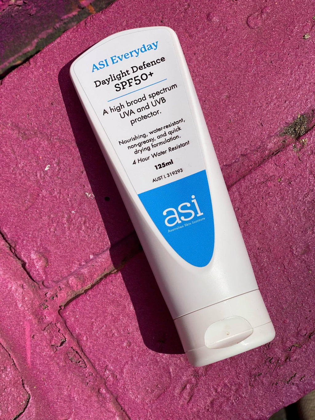 Well, Hi There Sunshine: 7 Things You Must Know About Your Sunscreen:
