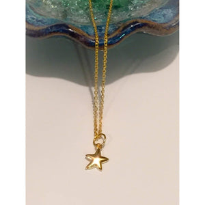 TIny Necklace, Small star necklace,Laying Gold Star Necklace