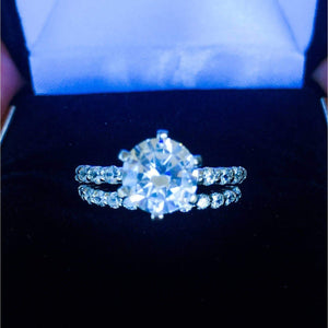2 Carat Classic Diamond Engagement Ring Set