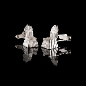 NI Throne Silver Cufflinks are a real statement. Made from solid 925 sterling silver they could have been Finn McCool's throne when he was living at the Giant's Causeway.