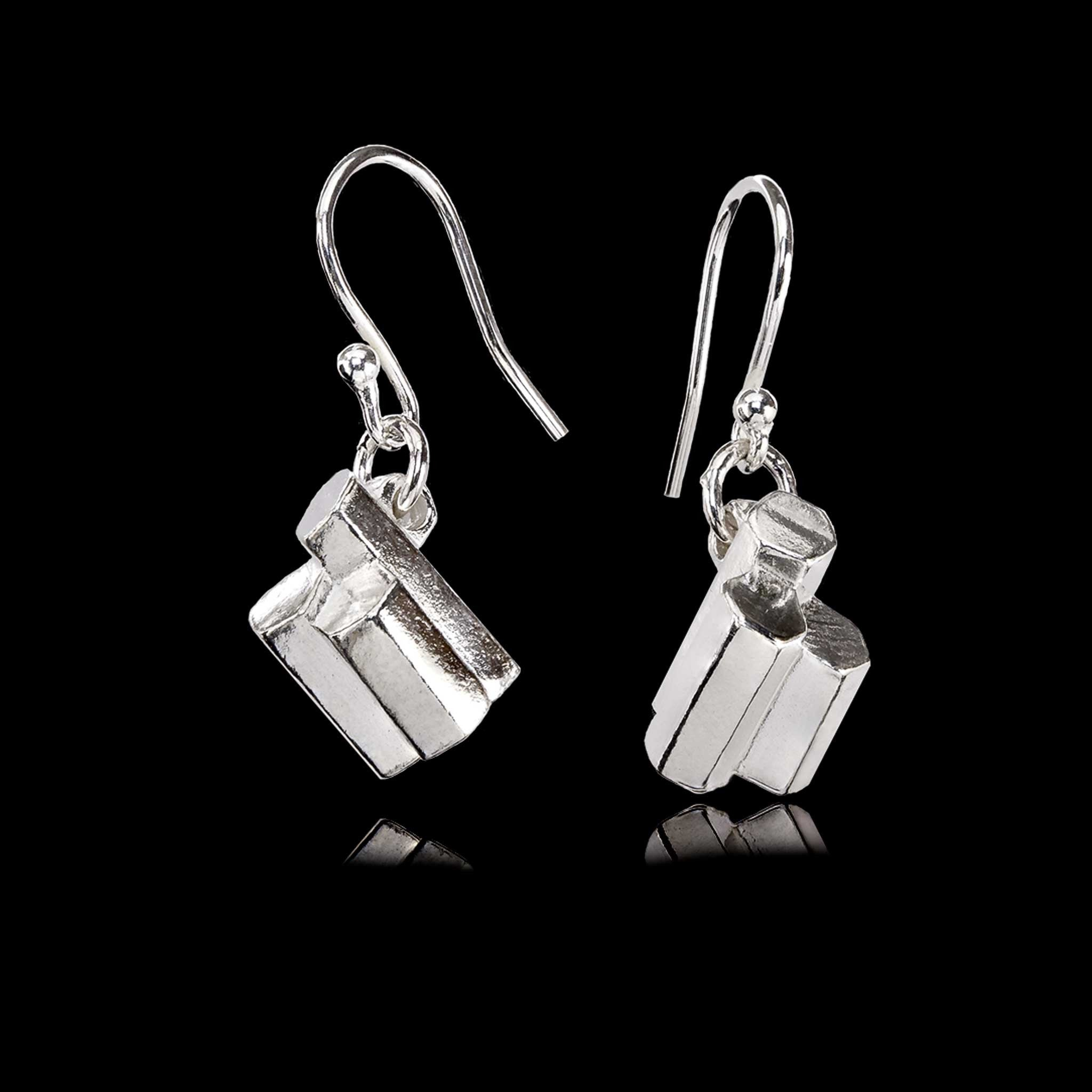 Giant's Causeway Silver Drop Earrings, hallmarked and gift boxed with worldwide postage available.