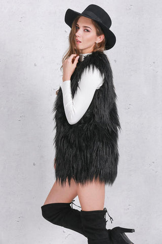 Autumn / Winter Women Sleeveless Fluffy Faux Fur Waistcoat / Outerwear