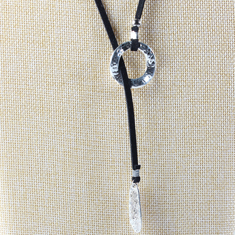 Womens Punk Round Necklace