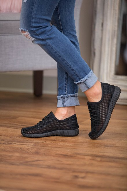 Women Bonnie Knit Sneakers
