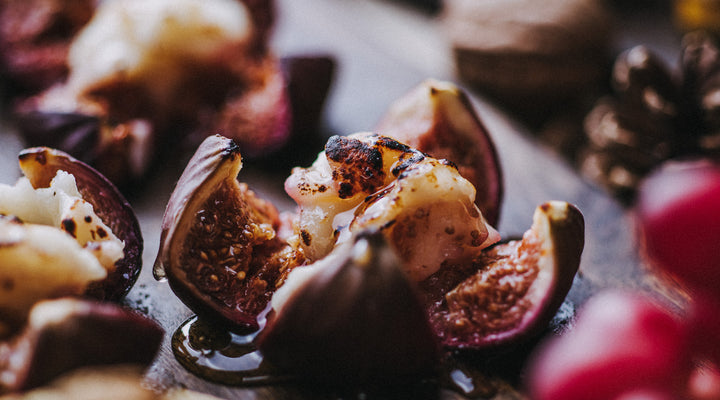 Baked fig jewels with goat's cheese & honey