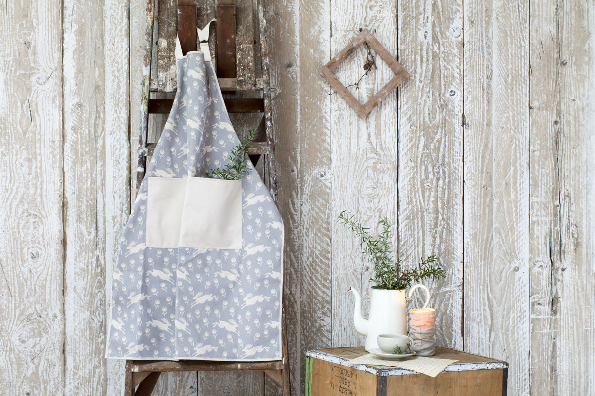 Running Hare Grey Pattern Cotton Apron