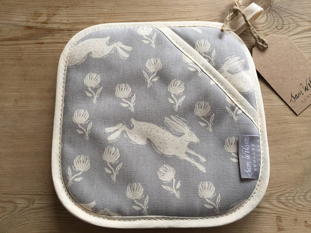 Running Hare Grey Pot Grab