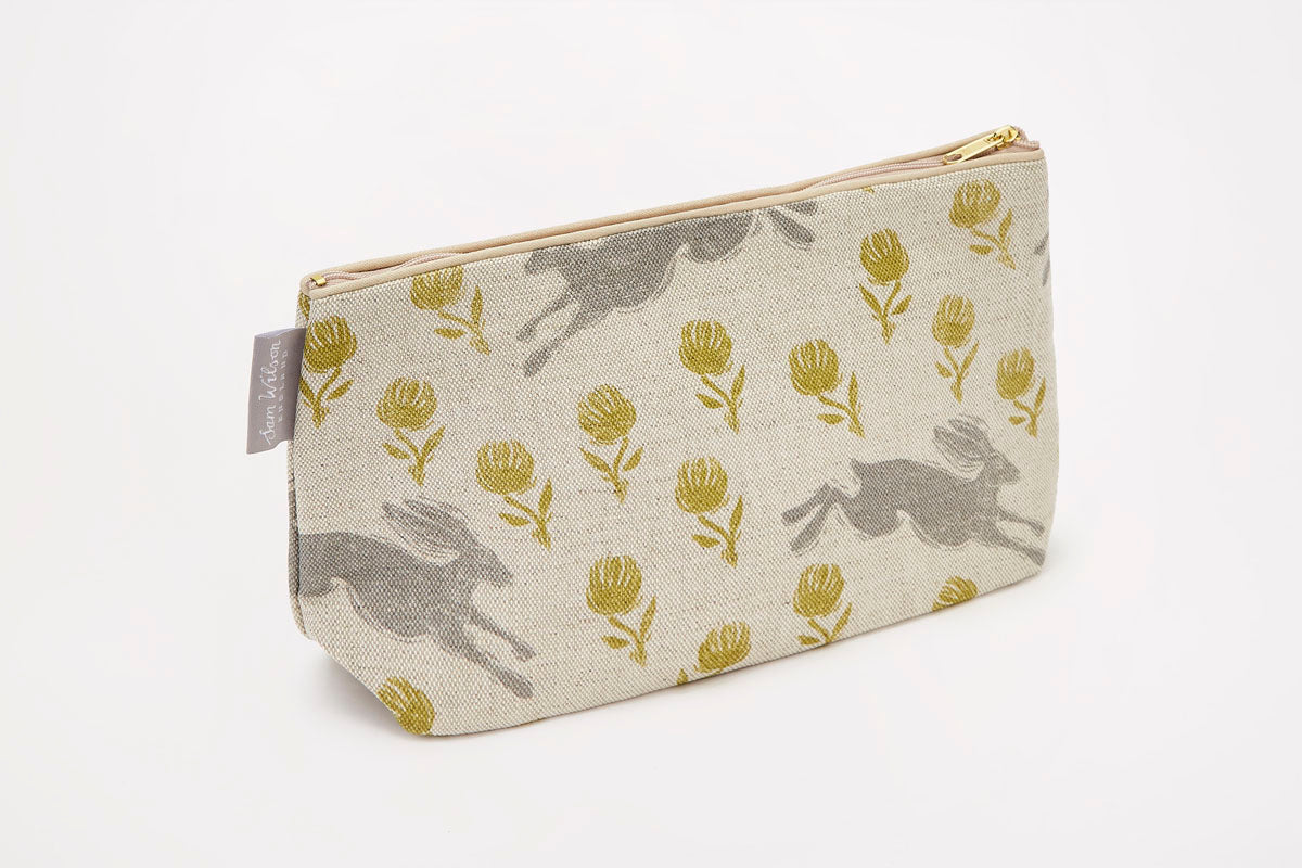 Sam Wilson Running Hare Grey with Green Clover Linen Washbag