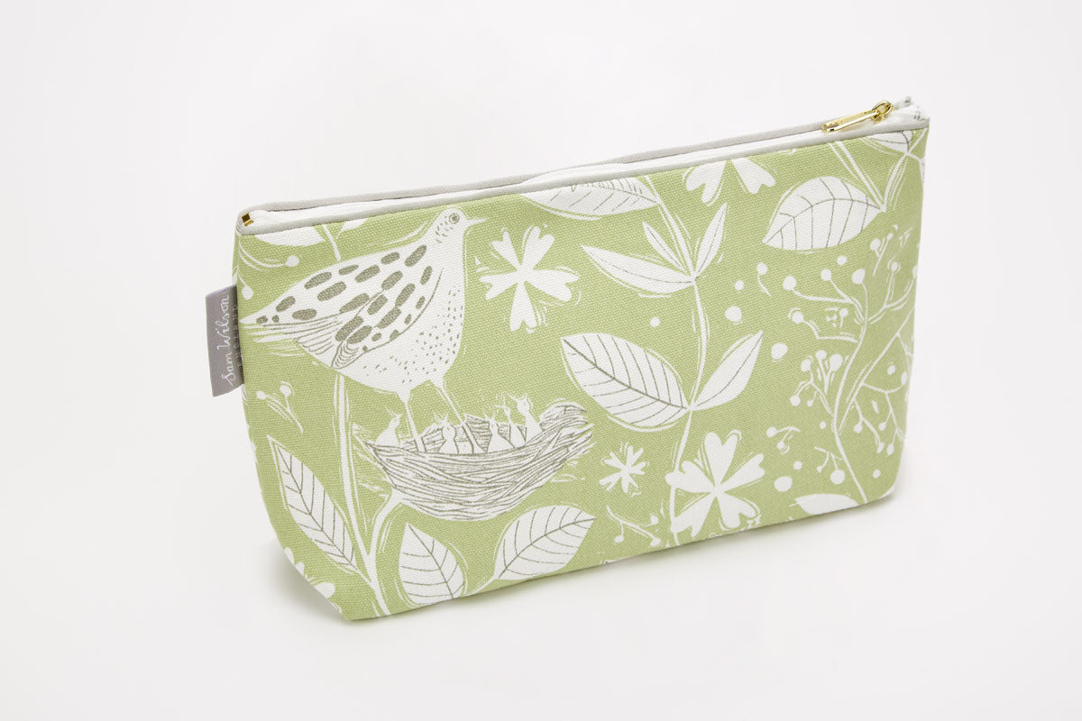 Sam Wilson Hedgerow Medium Washbag