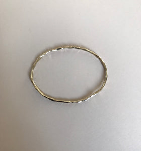 Elíptico bangle