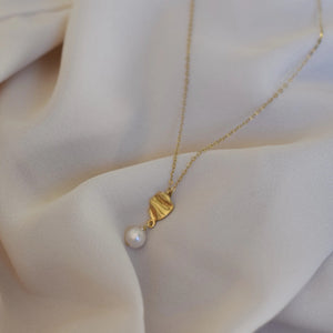 Ondulado pearl necklace