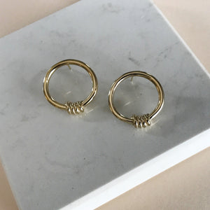 Torção brass earrings