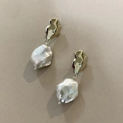 Crème earrings
