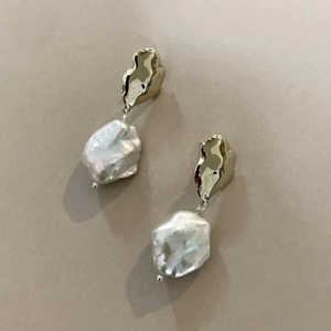 Crème earrings - small defect