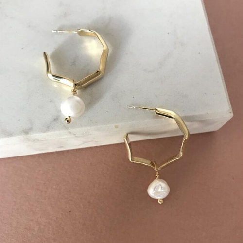 Facetado hoop earrings with pearl