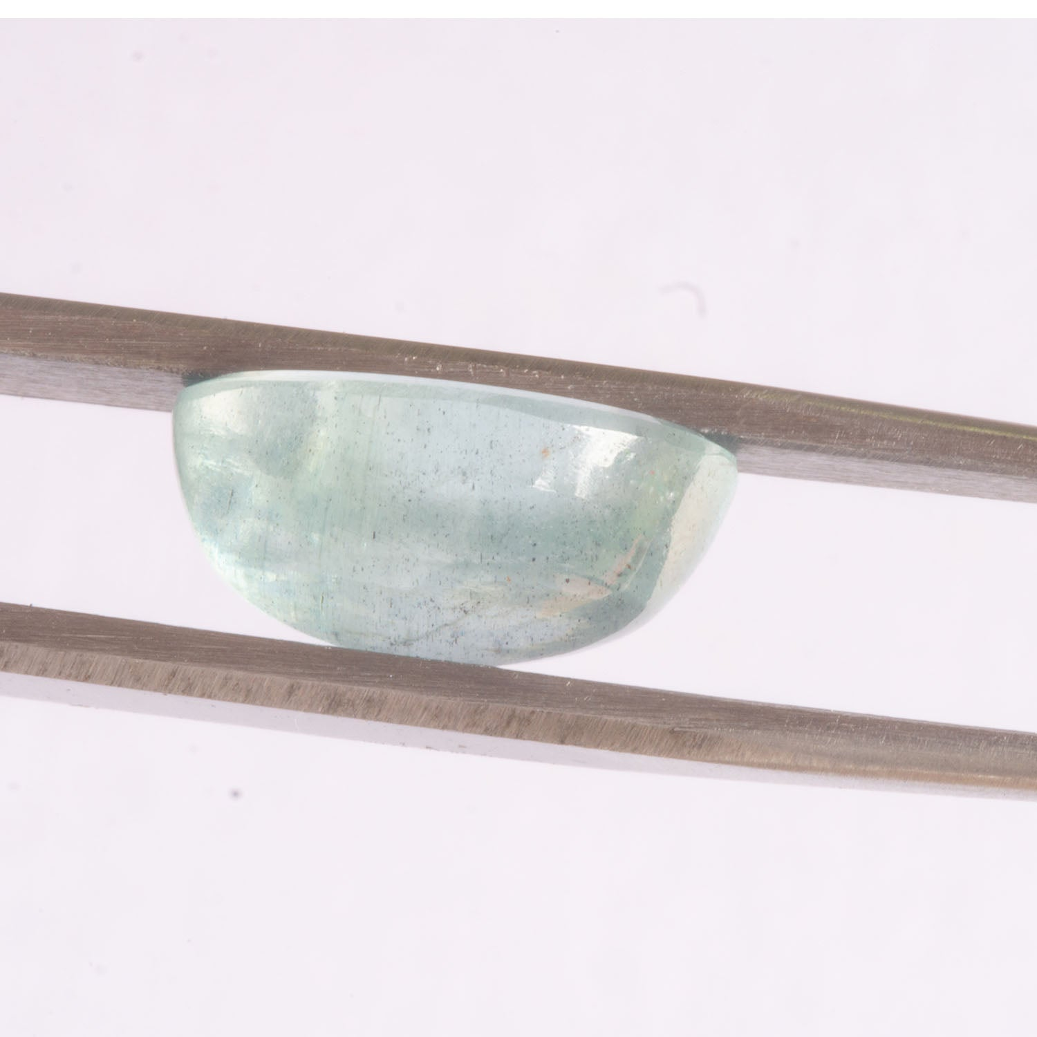 Aquamarine Oval Cabachon, Responsibly sourced Aquamarine