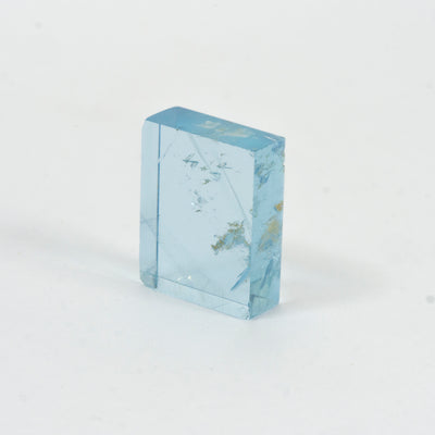 7.74ct Bespoke Rectangular Flat Cut Aquamarine, 5.68ct Bespoke Geo Cut Aquamarine, beautiful aquamarine gemstone in pale sea green, sparkling pale blue beauty, bespoke cutting, responsible sourcing in Mozambique