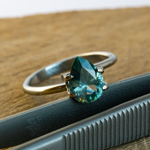 This unheated Malagasy sapphire is right on trend with its steely teal hues. This piece is unheated and was responsibly sourced from Madagascar.
