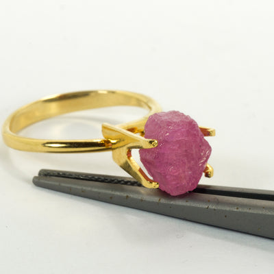4.51ct Capstone Ruby/Pink Sapphire Crystal Rough
